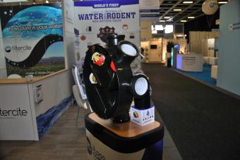 Das System schließt sich bei Hochwasser und verhindert das Eindringen von Wasser, Ungeziefer, etc. (Bild: IWP)