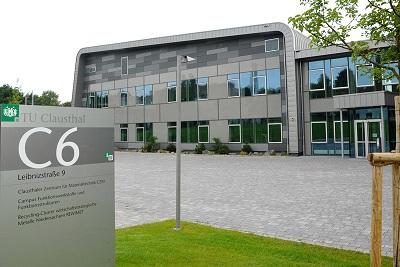 Die Drähte der Harzer Partner im neuen Rohstoffnetzwerk laufen im Clausthaler Zentrum für Materialtechnik zusammen, in dem auch der Recycling-Clusters REWIMET untergebracht ist. Foto: TU Clausthal