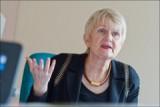 """Marian Harkin: """"Der Fonds mag zwar kleiner sein, aber noch existiert er. Und wenn damit auch nicht alle Probleme beseitigt werden können, so wird zumindest einigen Menschen geholfen, die ihre Arbeit verloren haben."""""""